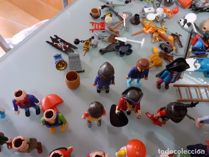 Playmobil: Lote de 105 cliks de Playmobil + complementos + animales.Distintas épocas. - Foto 18 - 178859435