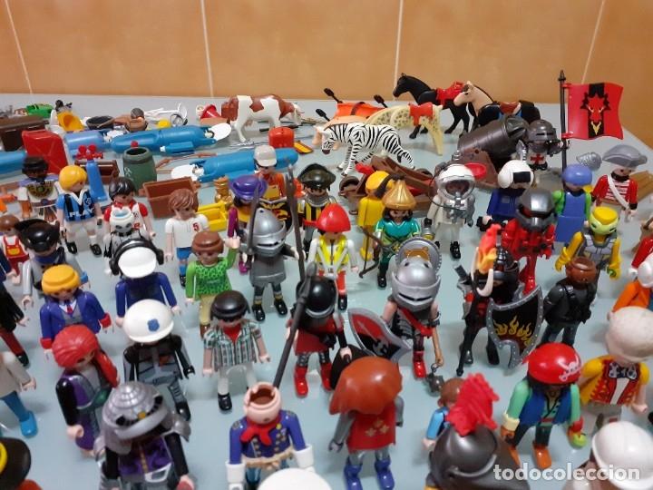 Playmobil: Lote de 105 cliks de Playmobil + complementos + animales.Distintas épocas. - Foto 20 - 178859435