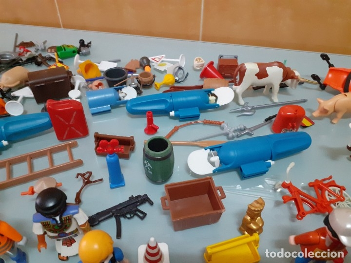 Playmobil: Lote de 105 cliks de Playmobil + complementos + animales.Distintas épocas. - Foto 28 - 178859435