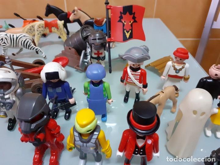 Playmobil: Lote de 105 cliks de Playmobil + complementos + animales.Distintas épocas. - Foto 30 - 178859435