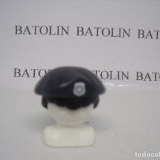 Playmobil: PLAYMOBIL GORRA BOINA POLICÍA CIUDAD----------GRIS OSCURO. Lote 214537747