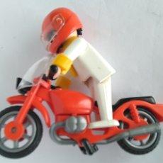 Playmobil: FAMOBIL PLAYMOBIL MOTO CON PILOTO MOTORISTA. Lote 179033076