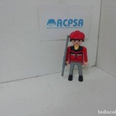 Playmobil: PLAYMOBIL CAZADOR CON RIFLE. Lote 179198605