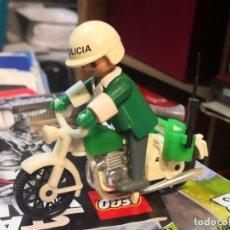 Playmobil: PLAYMOBIL. 3401 3157 3155 FAMOBIL. MOTOCICLETA MOTORISTA MOTO POLICÍA POLICE.. Lote 180031003