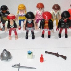 Playmobil: PLAYMOBIL LOTE FIGURAS Y ACCESORIOS LADRONES, PIRATAS, RUGBY FÚTBOL AMERICANO, GRANJA.... Lote 182017393