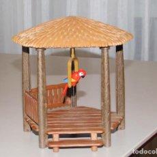 Playmobil: PLAYMOBIL *CHOZA CON LORO EN COLUMPIO* ISLA PIRATA, CABAÑA, SELVA, DIORAMA* INF. 2 FOTOS. Lote 183362982
