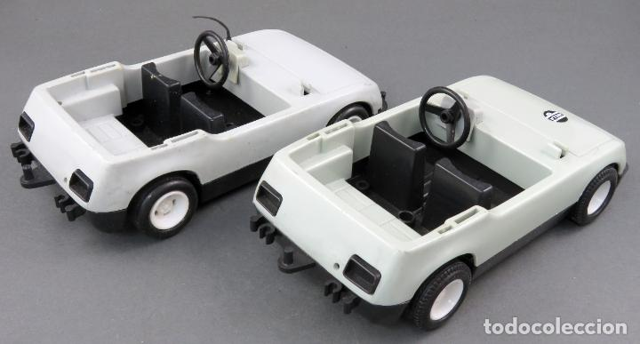 Playmobil: 2 coche policía Famobil System 1976 Geobra - Foto 2 - 185716025