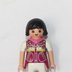 Playmobil: PLAYMOBIL MEDIEVAL FIGURA MUJER MODERNA CITY. Lote 186360742