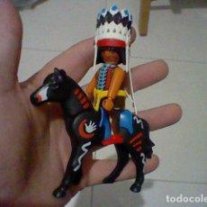 Playmobil: PLAYMOBIL FIGURA JEFE INDIO PLUMAS CABALLO PINTURA GUERRA MUY BONITOS . Lote 188034475