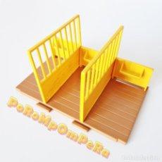 Playmobil: PLAYMOBIL SUELO + VALLAS AMARILLAS ESTABLO GRANJA 3436 3775 4060 5960 CABALLO PONY RANCHO HÍPICA. Lote 188821238