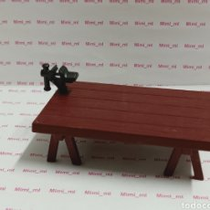 Playmobil: PLAYMOBIL MESA TRABAJO TORNILLO BANCO PATAS CABALLETE CARPINTERO TALLER. Lote 191071183