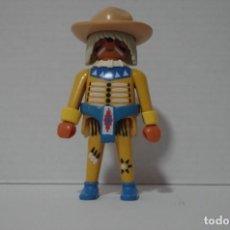 Playmobil: PLAYMOBIL FIGURA INDIO CON COLLAR MUÑEQUERA SOMBRERO ADORNOS OESTE. Lote 194364510