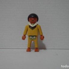 Playmobil: PLAYMOBIL FIGURA NIÑO INDIO CON ADORNO AL CUELLO OESTE. Lote 194364571