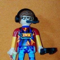 Playmobil: PLAYMOBIL, JUGADOR VIDEOJUEGOS, SERIE 17. Lote 194532995