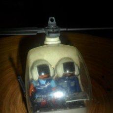 Playmobil: PLAYMOBIL - HELICOPTERO POLICIA REF. 9988 - LEER DESCRIPCION- FUSIL FRANCOTIRADOR Y MAPA. Lote 194714317