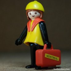 Playmobil: PLAYMOBIL MUJER VIAJERA, TREN FIGURA MANOS-FIJAS PRIMERA ÉPOCA KLICKY. Lote 194906742