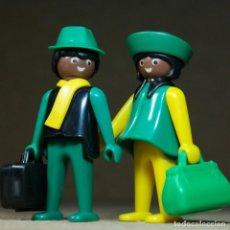 Playmobil: PLAYMOBIL PAREJA VIAJEROS, FIGURAS MANOS-FIJAS PRIMERA ÉPOCA KLICKY OESTE NEGRITOS. Lote 194906778