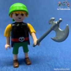 Playmobil: PLAYMOBIL - PIRATA CON PANTALÓN CORTO + ARMA + PAÑUELO VERDE . Lote 195076436