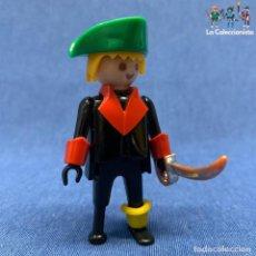 Playmobil: PLAYMOBIL - PIRATA PATA DE PALO FAMOBIL + GORRO VERDE PIRATA + ESPADA . Lote 195079690