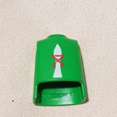 Playmobil: PLAYMOBIL TORSO VERDE BLANCO MEDIEVAL VIKINGOS ALDEANO ROMANOS CAMPESINO CABALLERO CASTILLO. Lote 195149423