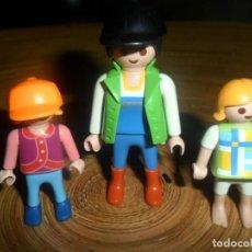 Playmobil: LOTE PLAYMOBIL . MADRE CON NIÑAS - 2 NIÑAS - NIÑA + GORRAS. Lote 195226248
