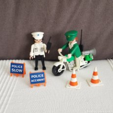 Playmobil: POLICÍAS VINTAGE DE PLAYMOBIL. Lote 195308226