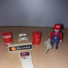 Playmobil: MUÑECO TRABAJADOR GASOLINERA SHELL GEOBRA 1974 CON ACCESORIOS. Lote 197241187