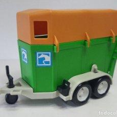 Playmobil: REMOLQUE CABALLOS PLAYMOBIL 3140 JEEP ENGANCHE CONTENEDOR CABALLO RAMPA GRANJA. Lote 199091118
