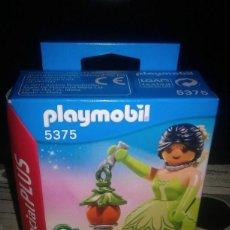 Playmobil: PLAYMOBIL SPECIAL PLUS 5375 DAMA VERDE CON LINTERNA. Lote 201709408