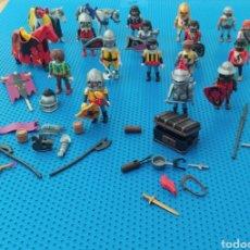 Playmobil: SET LOTE CONJUNTO PLAYMOBIL MEDIEVAL: 15 PLAYMOBIL, 3 CABALLOS Y ACCESORIOS MEDIEVALES. Lote 206504236