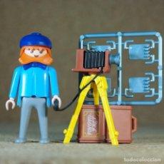 Playmobil: PLAYMOBIL FOTOGRAFO CON CAMARA DE FOTOS, VICTORIANO MANSION. Lote 210598435