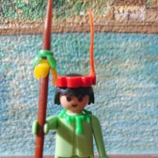 Playmobil: PLAYMOBIL PRIMERA ÉPOCA INDIO PRIMER MOLDE 1974, ,CON B SOLAMENTE, VERDE PASTEL. MUY BIEN CONSERVADA. Lote 210611790