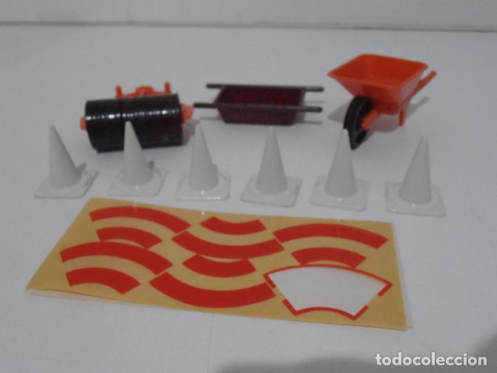 Playmobil: ACCESORIOS DE CONSTRUCCION, FAMOBIL, REF 3202, CAJA ORIGINAL, NUEVO A ESTRENAR - Foto 3 - 215711341