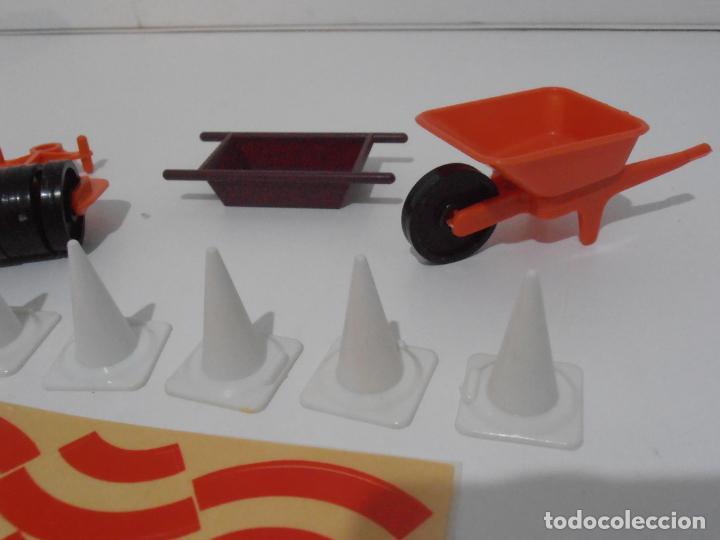 Playmobil: ACCESORIOS DE CONSTRUCCION, FAMOBIL, REF 3202, CAJA ORIGINAL, NUEVO A ESTRENAR - Foto 5 - 215711341