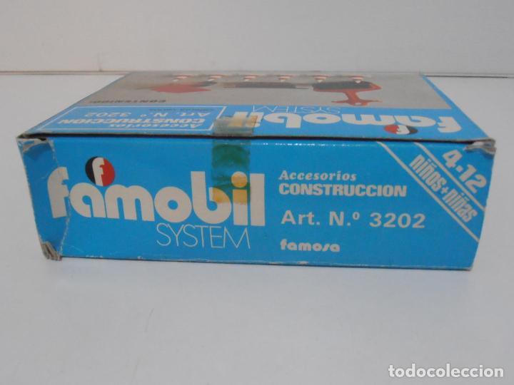 Playmobil: ACCESORIOS DE CONSTRUCCION, FAMOBIL, REF 3202, CAJA ORIGINAL, NUEVO A ESTRENAR - Foto 7 - 215711341