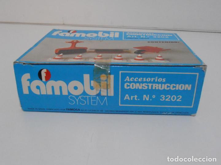 Playmobil: ACCESORIOS DE CONSTRUCCION, FAMOBIL, REF 3202, CAJA ORIGINAL, NUEVO A ESTRENAR - Foto 9 - 215711341