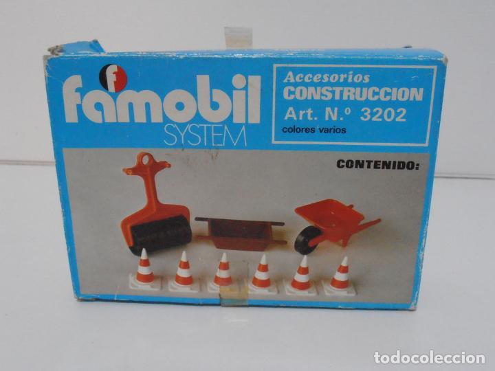 Playmobil: ACCESORIOS DE CONSTRUCCION, FAMOBIL, REF 3202, CAJA ORIGINAL, NUEVO A ESTRENAR - Foto 11 - 215711341