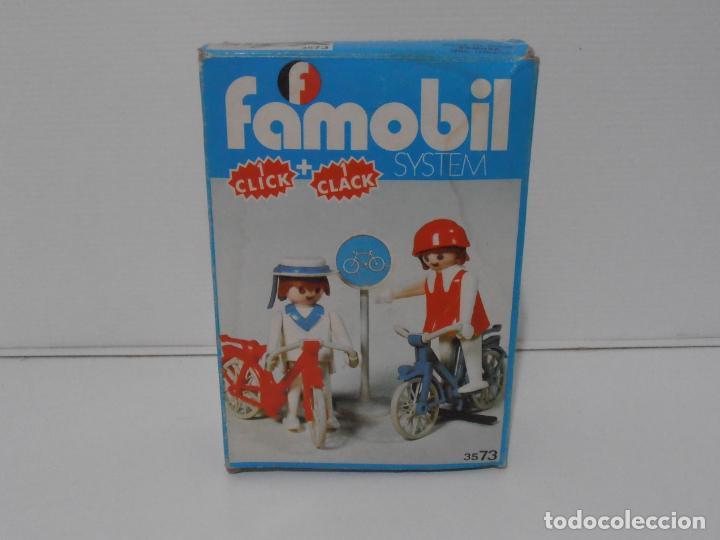 Playmobil: PAREJA DE CICLISTAS, FAMOBIL, REF 3573, CAJA ORIGINAL, COMPLETO - Foto 2 - 215745797