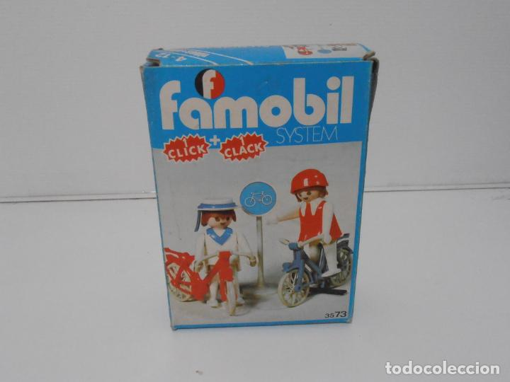 Playmobil: PAREJA DE CICLISTAS, FAMOBIL, REF 3573, CAJA ORIGINAL, COMPLETO - Foto 10 - 215745797