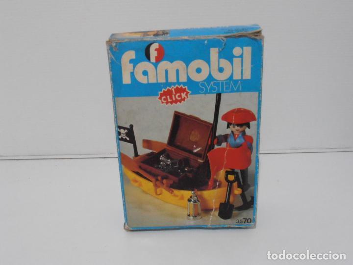 Playmobil: PIRATA CON BARCA, FAMOBIL, REF 3570, CAJA ORIGINAL, COMPLETO - Foto 3 - 215746761