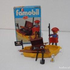 Playmobil: PIRATA CON BARCA, FAMOBIL, REF 3570, CAJA ORIGINAL, COMPLETO. Lote 215746761