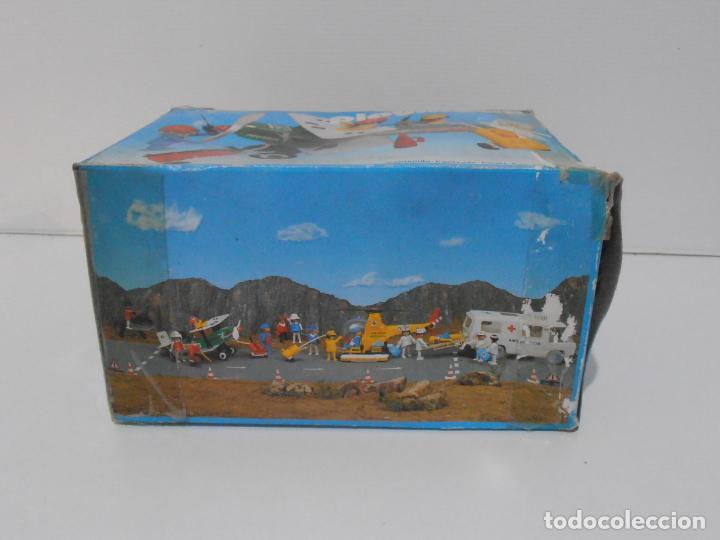 Playmobil: AVIONETA, FAMOBIL, REF 3246, CAJA ORIGINAL, COMPLETO SOLO FALTA PAÑOLETA CUELLO - Foto 10 - 215812996