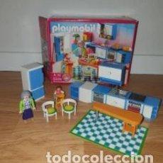 Playmobil: COCINA DE LA ABUELA PLAYMOBIL REF5329 CON CAJA. COMPLETA SÓLO FALTAN 4 ACCESORIOS. Lote 215909208