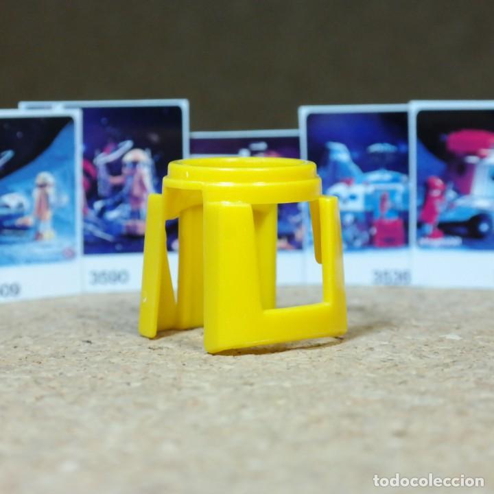 Playmobil: Playmobil peto pechera amarilla 3536 3590 3535 3509 3559 traje astronauta piezas espacio playmospace - Foto 2 - 217959645