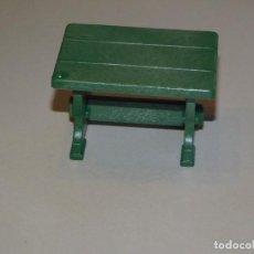 Playmobil: PLAYMOBIL *MESA VERDE DE MADERA* MEDIEVAL, COCINA VICTORIANA, PIRATAS, OESTE .... Lote 218868201