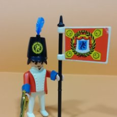 Playmobil: PLAYMOBIL - FAMOBIL.. REF 3388..GEOBRA 1974 (B).. SOLDADO CASACA ROJA.. INGLES... Lote 214952468