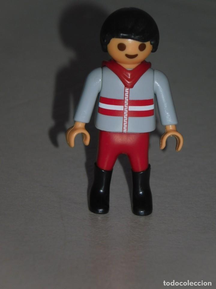 PLAYMOBIL FIGURA *NIÑO CON CHAQUETA CON CAPUCHA* ÉPOCA VICTORIANA, ESCUELA, NIÑOS, PARQUE ... (Juguetes - Playmobil)