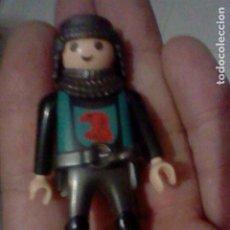 Playmobil: PLAYMOBIL HISTORIA SOLDADO MEDIEVAL AGVILA GEOBRA 2009. Lote 226618837