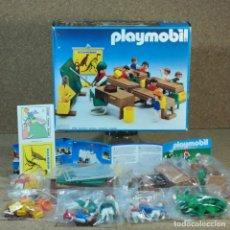 Playmobil: PLAYMOBIL 3522 COLEGIO ESCUELA COMPLETA CON CAJA, MAESTRA ALUMNOS NIÑOS CLASE AULA. Lote 226937970