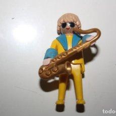 Playmobil: PLAYMOBIL 5300 FIGURA MUSICO SAXOFONISTA VICTORIANO CASA VICTORIANA / OESTE WESTERN. Lote 236313470
